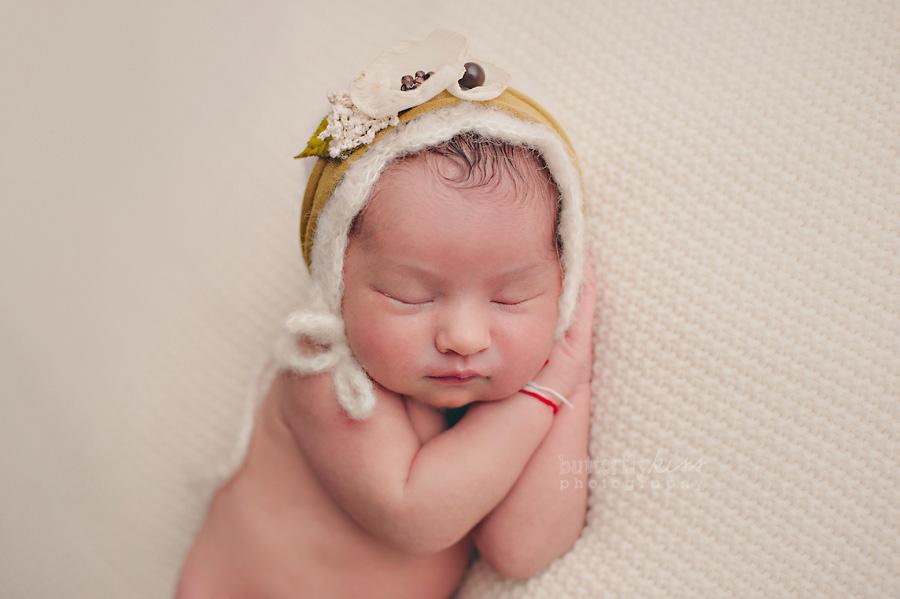 beautiful organic soft newborn picture