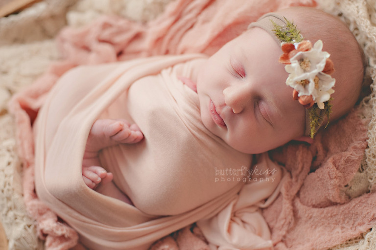 Tacoma earthy newborn girl 1