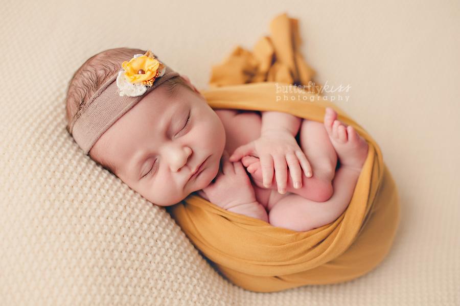 Tacoma newborn baby girl mustard yellow floral headband cream blanket