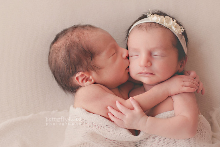Seattle puyallup tacoma olympia newborn baby boy girl twin twins photographer organic natural studio butterfly kiss