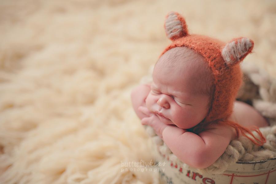 Tacoma Newborn Pictures Farm Baby Johann fox knit hat vintage campfire tin
