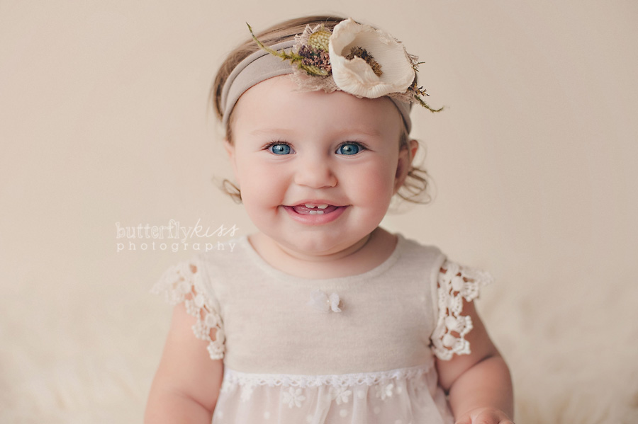 Tacoma Baby Photographer Watch Me Grow by Butterfly Kiss Photography