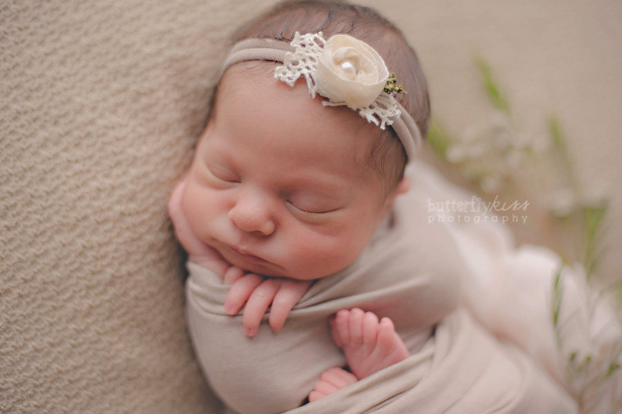 beautiful soft tacoma newborn baby pictures aniston  by Butterfly Kiss Photography Seattle Tacoma Puyallup Sumner Bonney Lake Olympia newborn photographer