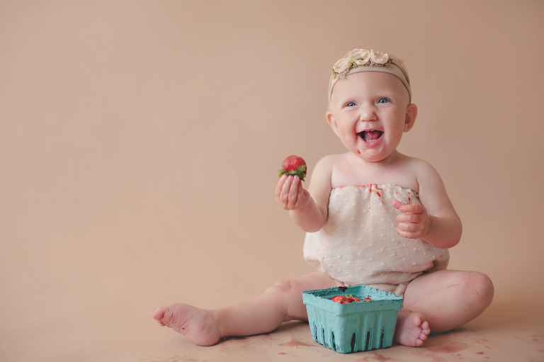 tacoma baby photographer baby's first year milestone photo session inspiration