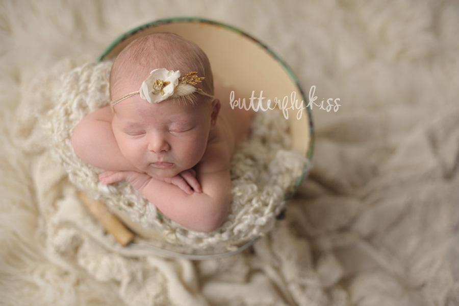 Organic Seattle Newborn Photographer Cora