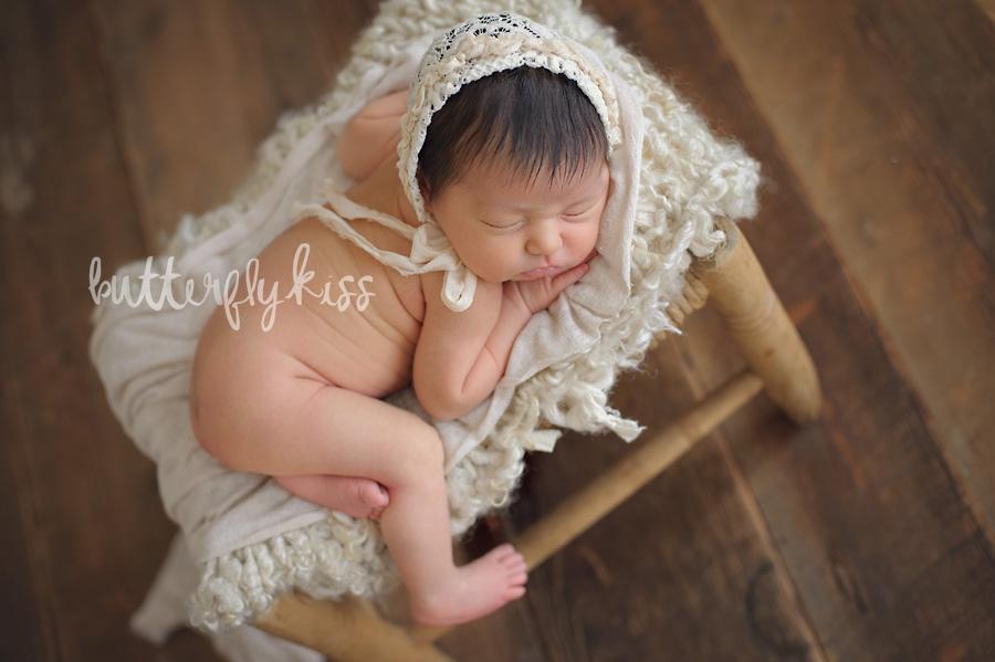 Tacoma newborn baby Photographer Penelope