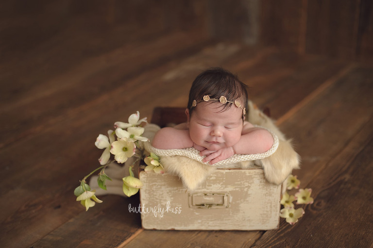 bonney lake newborn photographer mia