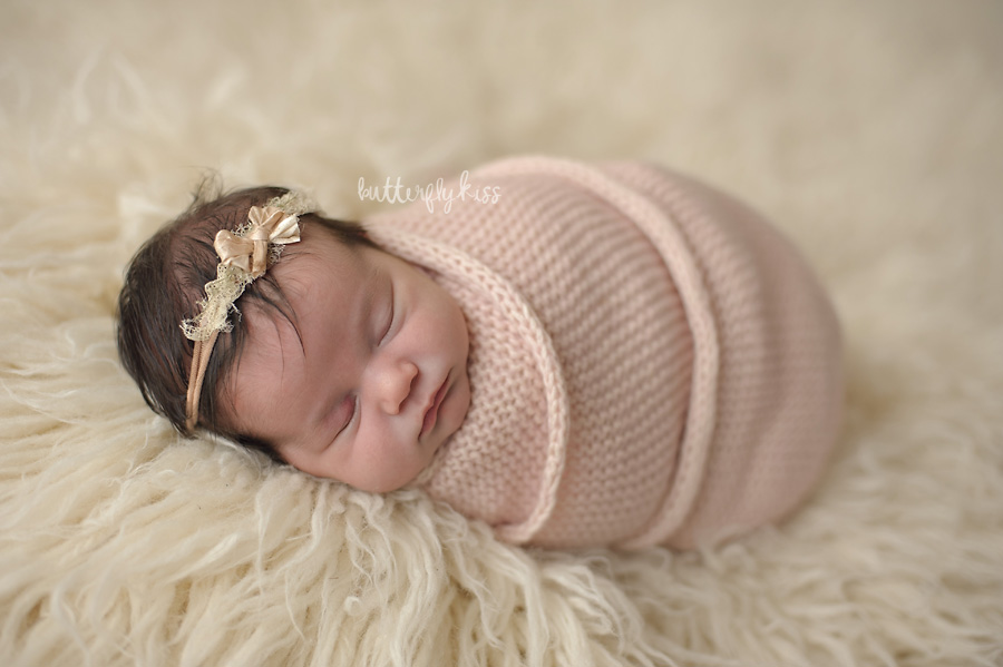 bonney lake newborn photographer mia