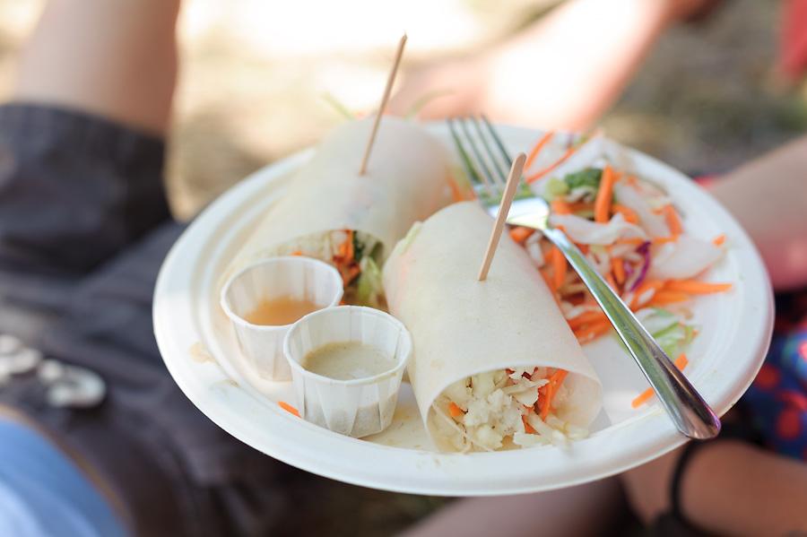 oregon country fair 2017 with kids raw vegan food vegetarian vegetables fast food