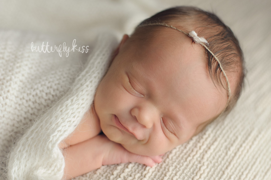 Tacoma newborn photographer classic neutral soft baby photography pictures smile