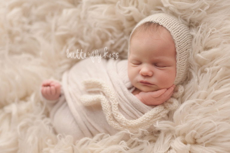Toes Peeking Newborn Wrap Tutorial Butterfly Kiss Photography Tacoma Newborn Photographer