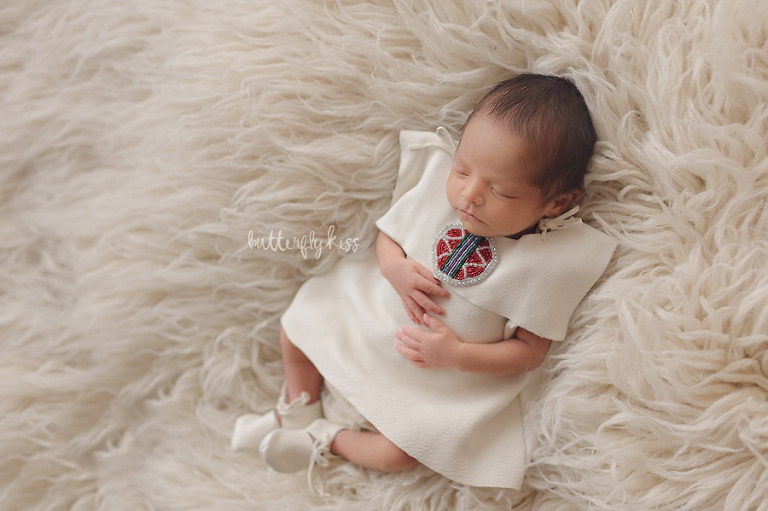 tacoma newborn photographer native american baby session classic cream leather dress beadwork beads hand beaded moccasins flokati luneberry winter white