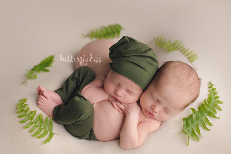 Olympia Newborn Twins Photographer Biggest twins