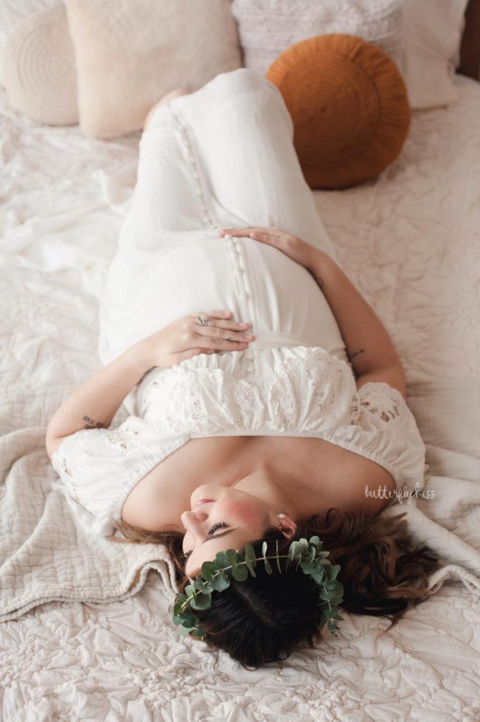 puyallup maternity photographer boho session in studio