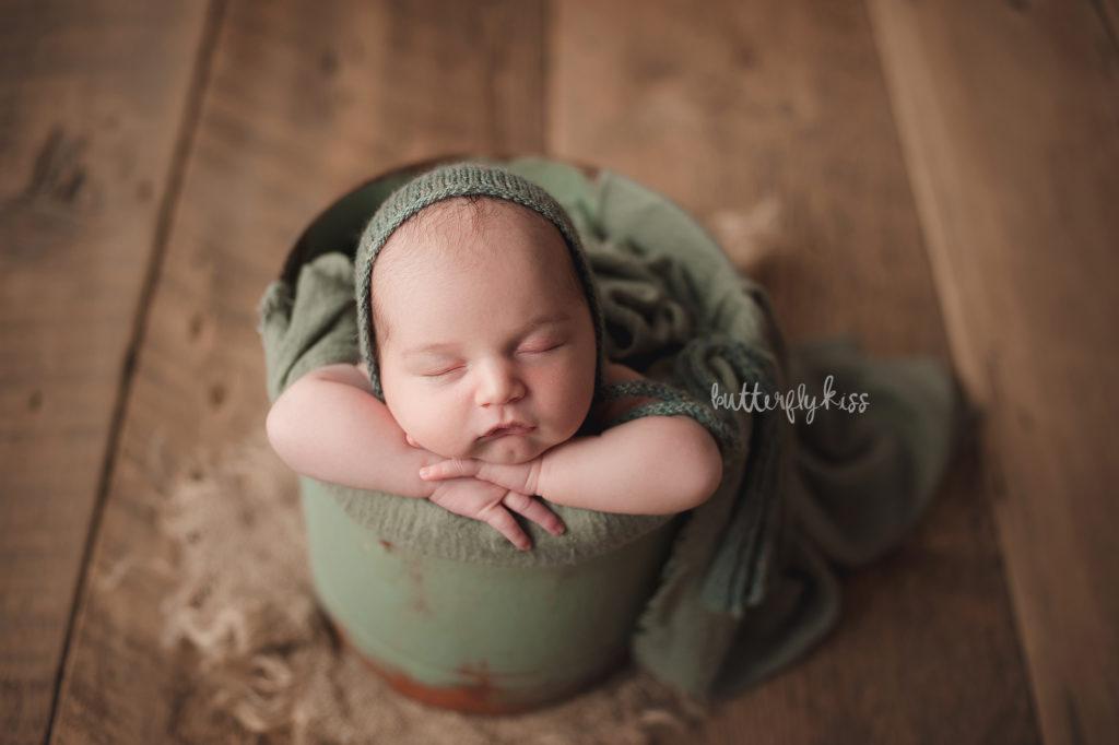 tacoma newborn photographer organic boy
