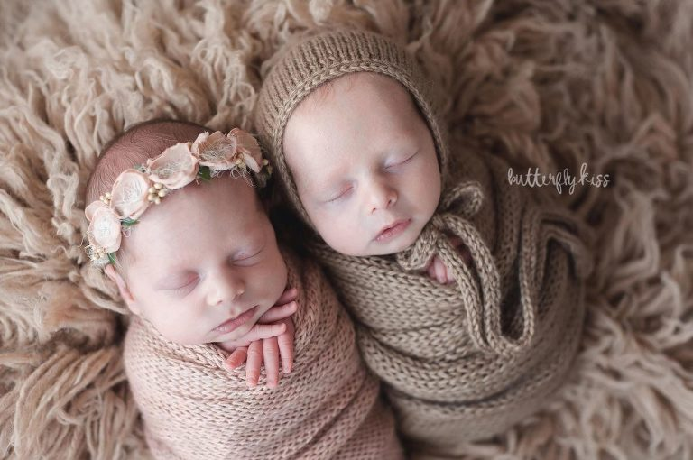 twin photographer near olympia newborn baby boy girl professional photography studio