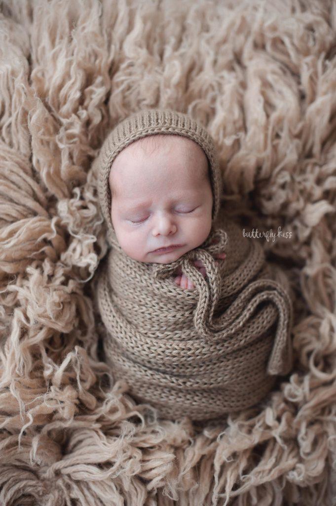 twin photographer near olympia wa newborn baby twins boy girl professional photography studio